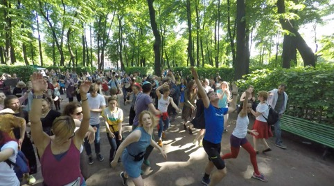 Санкт-Петербург.Dancewalk (2017) - Folie de groupe à Saint-Petersbourg, Russie