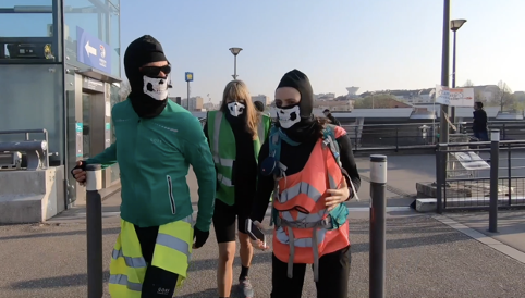 Dancewalk - Du vert sinon j'étouffe (2019) - Dancewalking as resistance, Paris - Villecresnes, France